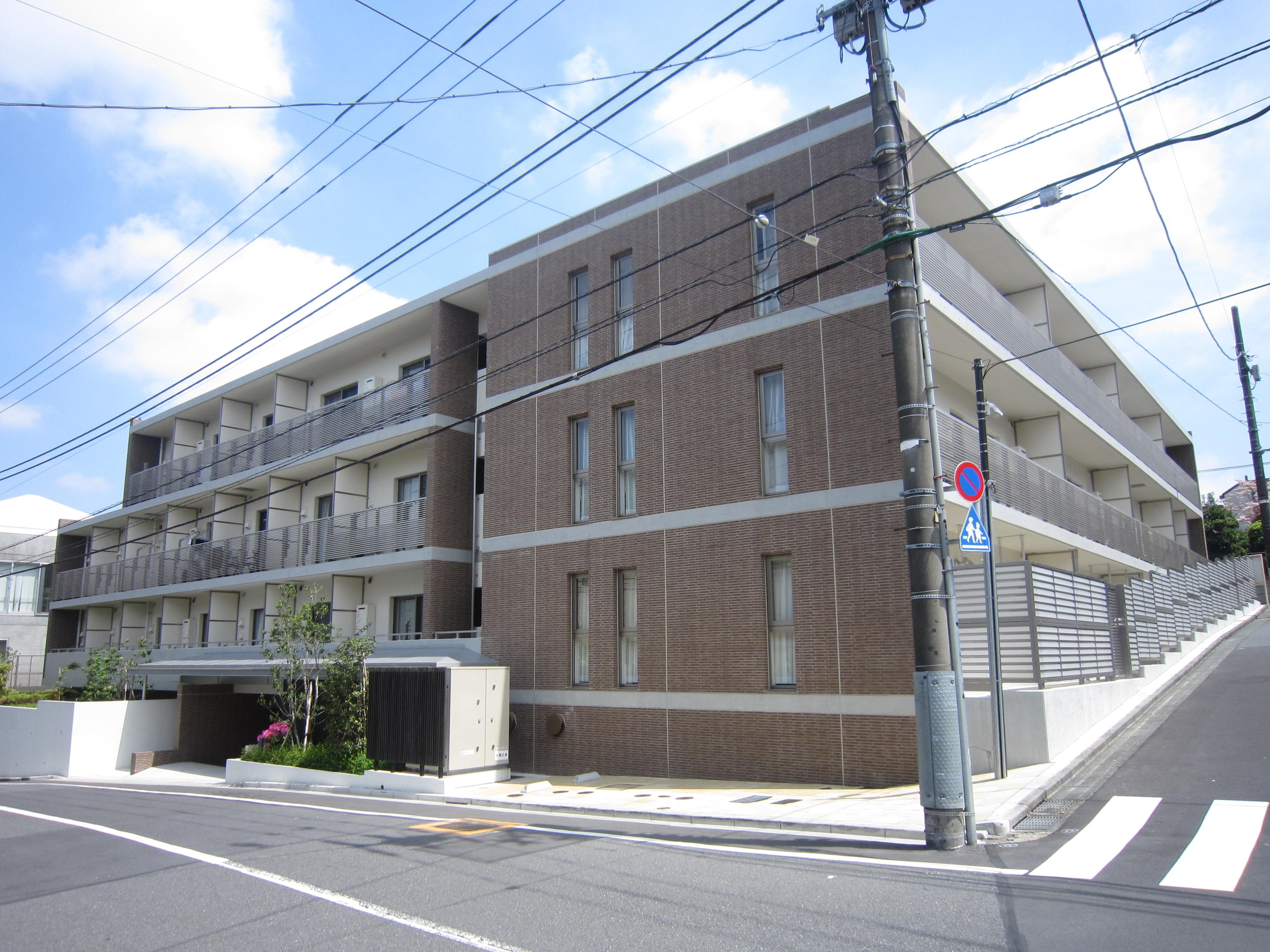 ガーデン富ヶ谷 301